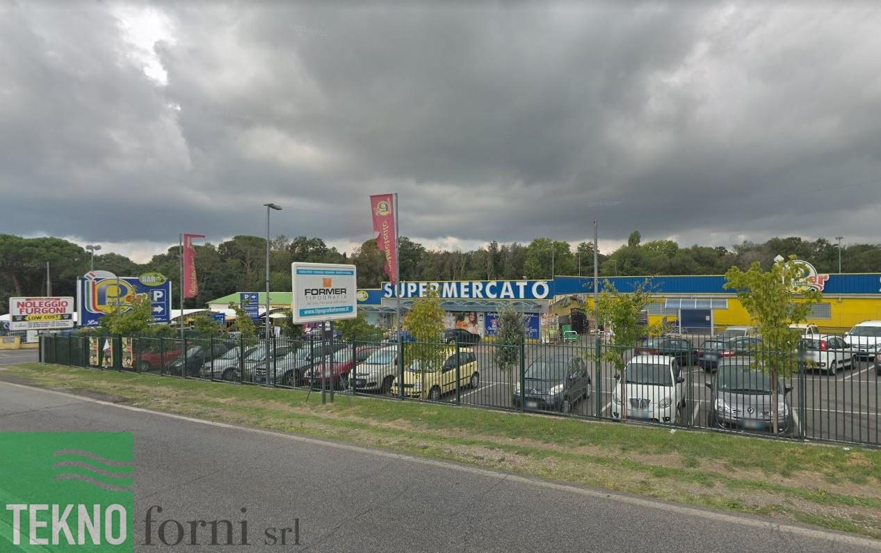 Allestimento laboratorio cucina pizzeria con forno Moretti supermercati Pewex via Cassia 1707 roma